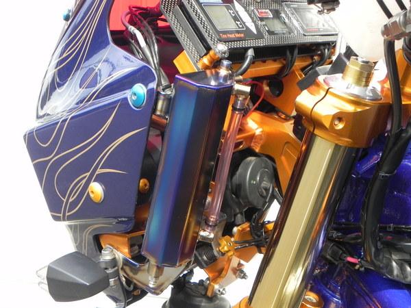 ZRX1200 ガソリンキャッチタンク
