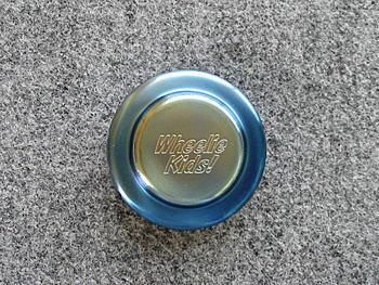 チタン製<br>リザーブタンクキャップカバー